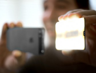 Nova: A Wireless Bluetooth Flash makes your iPhone photos look professional