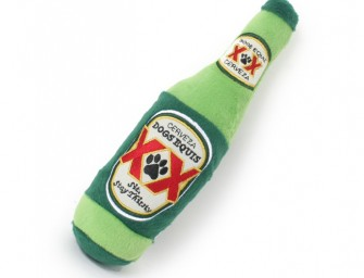 The Dogs Equis Beer Dog Toy: Coz' your doggie has a discerning palette when it comes to his beer