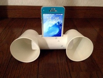 DIY: Portable Smartphone Speaker using Toilet paper tubes
