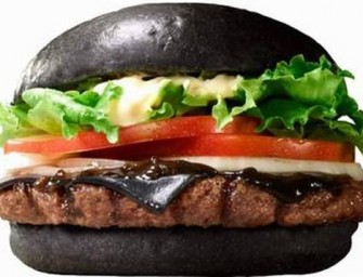 Burger King Japan releases the Kuro Burgers: Black buns and black cheese make it one scary snack