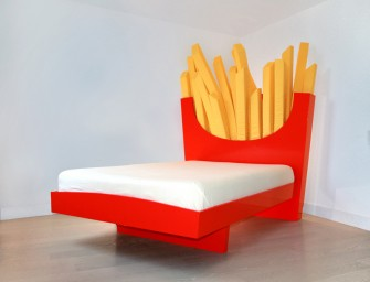 The Supersize Bed guarantees sweet dreams in 2 minutes or less
