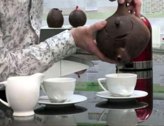 The Nestlé Chocolate Teapot brews real tea