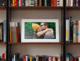 Fireside SmartFrame Refreshes Memories of Your Choice