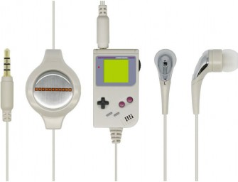 The Retro GB Earphone Mic: Nostalgia-inducing Game Boy themed microphone