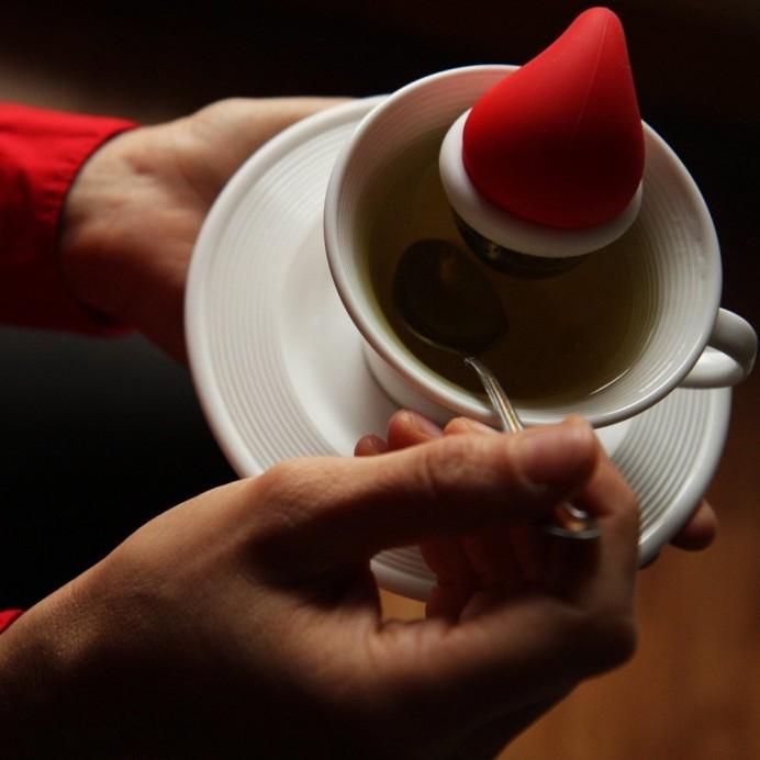 santa-tea-infuser-1