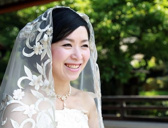 Single Ladies Get Pampered at Solo Wedding Photo Shoot in Japan