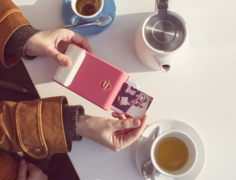 The Prynt Instant Camera Case for iPhone and Android: A printed photo within seconds of clicking it