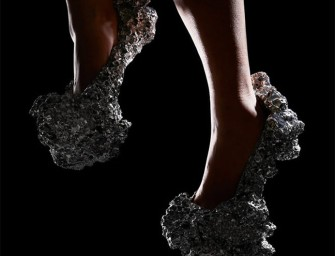 Walk like an Astronaut in Meteorite Heels