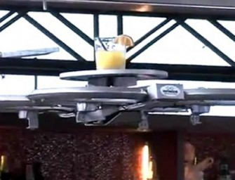 Singaporean restaurant introduces Drone Waiters: Your food comes flying to you