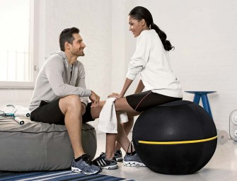 The high-tech Wellness Ball revolutionizes sitting!