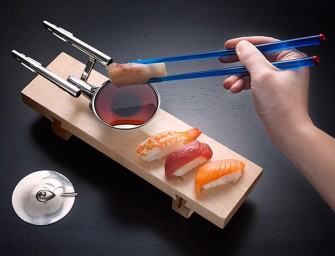 Star Trek U.S.S. Enterprise Sushi Set For Happy and Hungry Geeks
