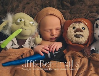 Babies take over the geeky world, with these adorable portraits!