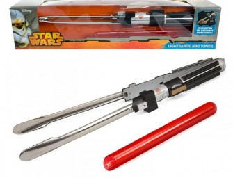 Star Wars Lightsaber BBQ Tongs with Sounds: Let the Force be with your burgers